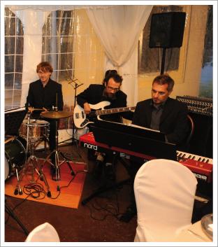 Musica matrimonio ristorante accompagnamento musicale dal - Tavola posizioni flauto traverso ...